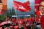 नेपाल ने ओढ़ा लाल आवरण