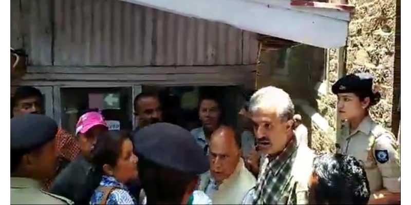 शिमला में पेयजल संकट बिकराल, पब्लिक बेकाबू
