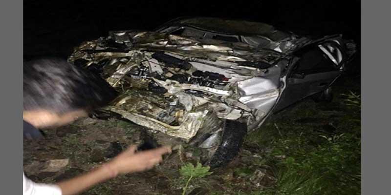 नारकंडा में कार खाई में लुढ़की, पांच मरे